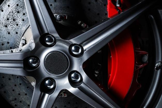 Автомобильный дисковый тормоз