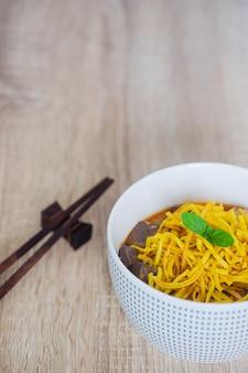 伝統的なタイ料理