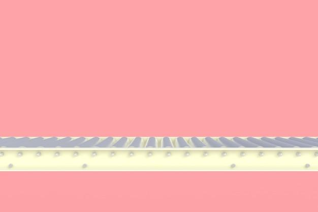 Пустая белая конвейерная линия на розовом