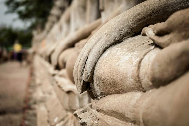 アユタヤ、タイの寺院アジア歴史の中で手すり石美しい画像仏
