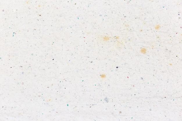白のしわくちゃのリサイクル紙テクスチャ背景。