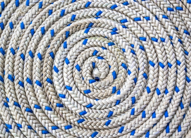 航海用ロープの円形らせん状