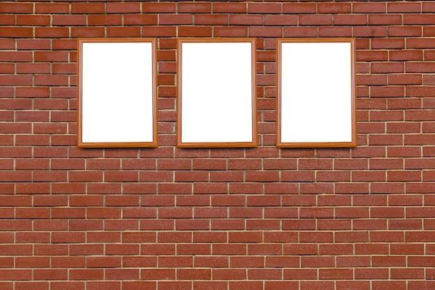古い壁に空白のフレーム