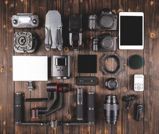 木製の上面図のカメラギア