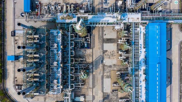 工業団地のポリエチレン工場、空撮ポリエチレン産業。