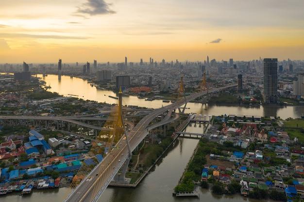 Пумипонский мост бангкок