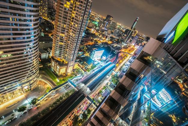 都市バンコク