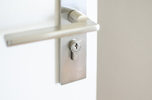ドアのハンドル