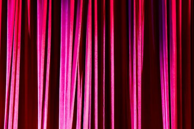 テクスチャ背景の赤いカーテン。