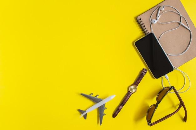 Фон оборудования в путешествиях.