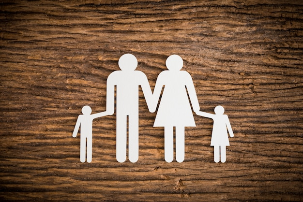 象徴するペーパーチェーン家族