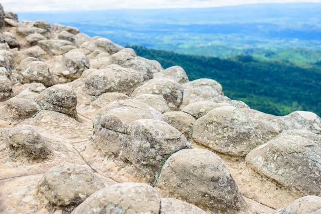Лан хин пум (природное явление) в национальном парке фу хин ронг кла