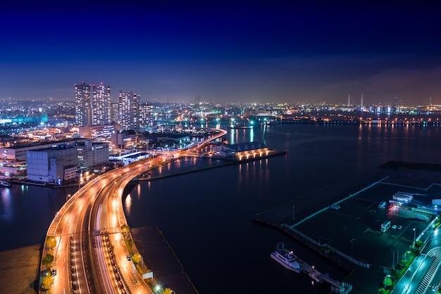 夜景横浜ベイ