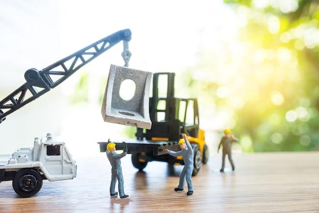 ミニチュア・ワーカー、建設現場のコンセプト