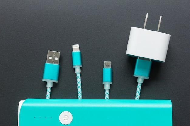 上面図のスマートフォン用充電ケーブル