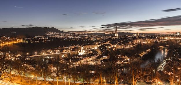 スイス、ベルン市のスカイライン
