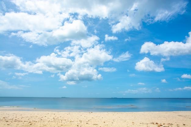 タイからの美しいビーチの風景。