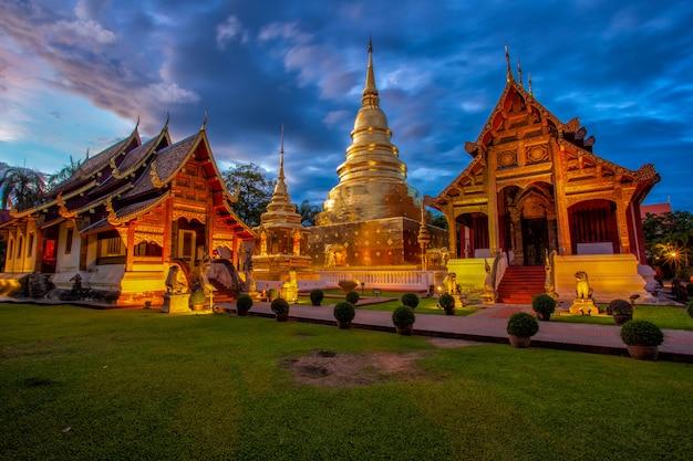 Храм ват пхра синг в провинции чианг май, таиланд
