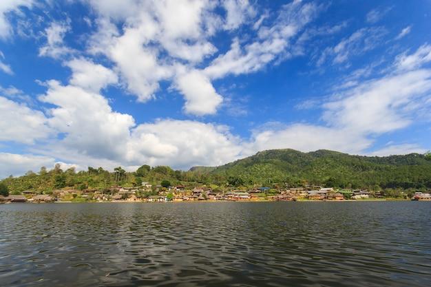 タイ北部メーホンソン省パイの中国人入植地であるバンラックタイ村。