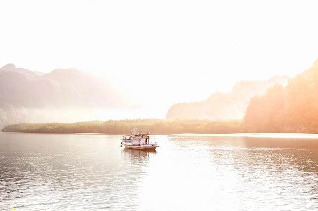 Красота ландшафта утром краби, таиланд