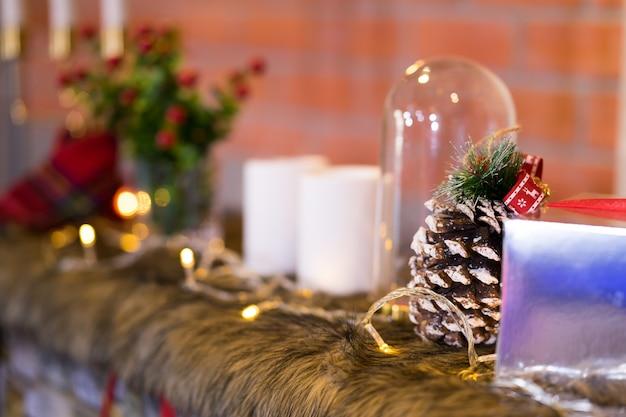 クリスマスの装飾、セレクティブフォーカスと背景をぼかした写真
