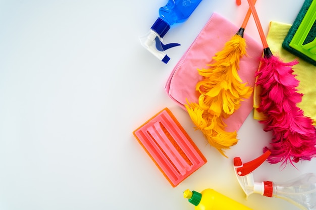 彼女の家の掃除、クローズアップの家の掃除はほこりをこすります