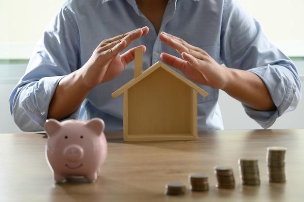 家の費用節約の会計帳または財務諸表のためのお金を節約しなさい