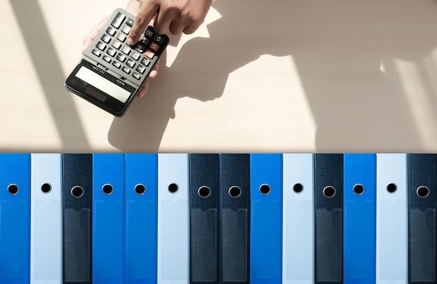 ビジネスアーカイブファイルをファイリングデータストレージにミーティングデザインアイデア