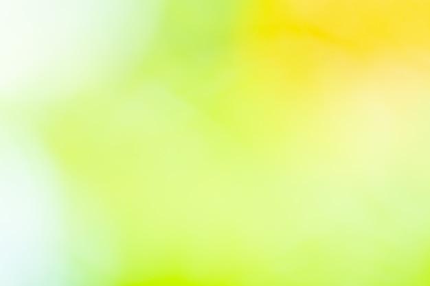 背景のボケ味自然光、緑、ぼやけて黄色