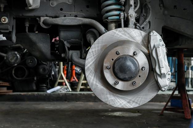 Замена новой тормозной системы автомобиля