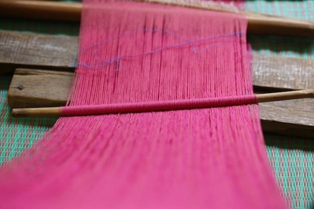 古い中国の自家製紡績ツール