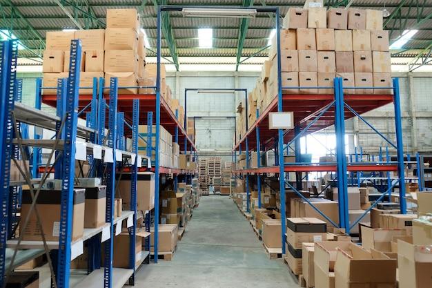 倉庫のインテリア