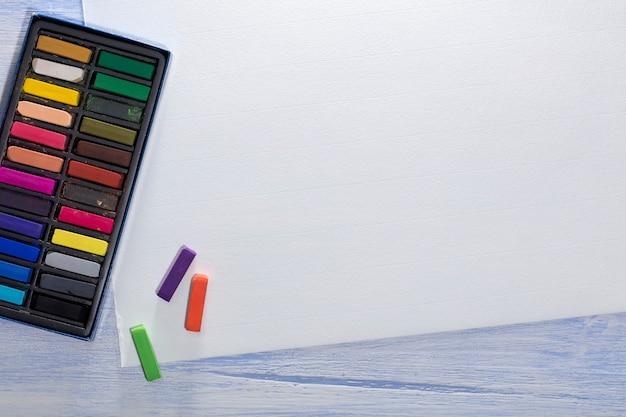Коробка цветных мелков