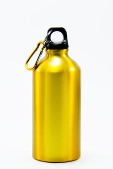 アルミボトル水分離ホワイトバックグラウンド