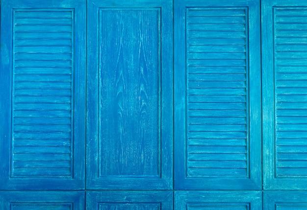 青い色の木製ヴィンテージウィンドウの質感