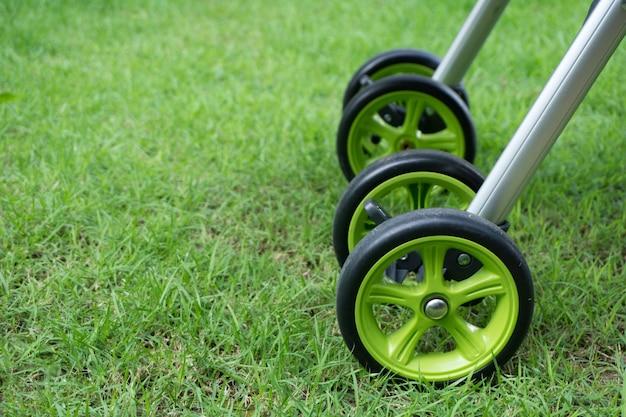 Деталь коляска для ребенка
