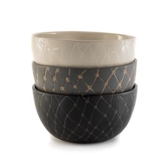 白い陶器のボウル