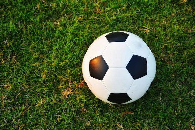 緑、芝生、古い、サッカー、ボール