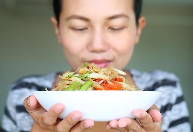グリーンパパイヤサラダ