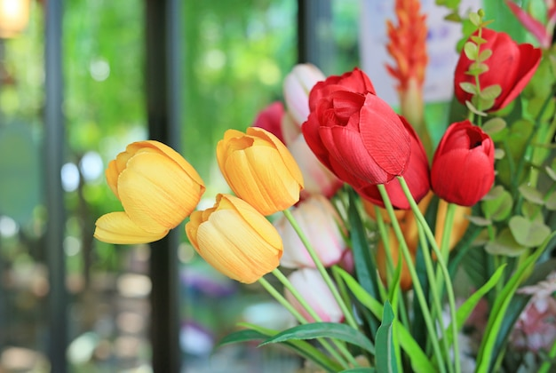 Искусственная букет цветов тюльпанов