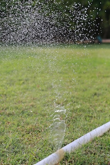 給水時に給水ホースが漏れを起こしている