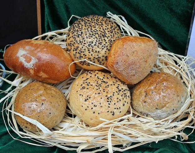 かごの中のパン