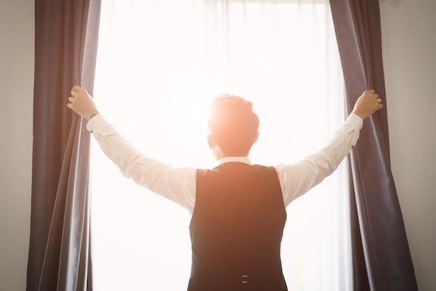 ビジネスの男性と希望の概念