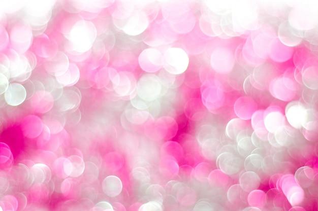 美しいピンクのキラキラ光のボケ味。
