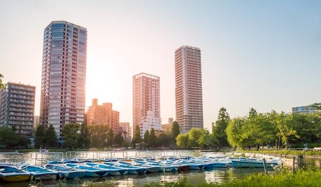 ボートは上野湖にドッキングしてレンタルしています。