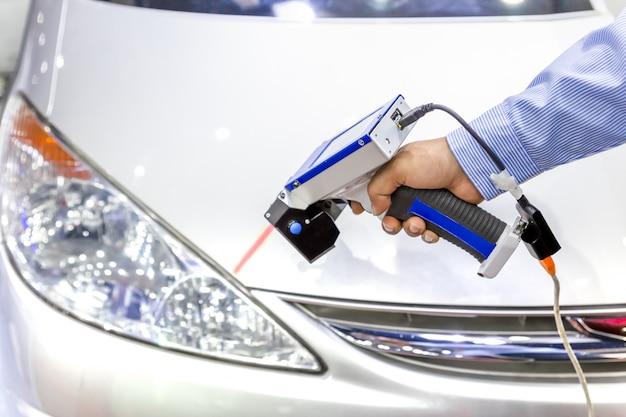 プログラム制御による自動車用アルミニウム部品の寸法検査