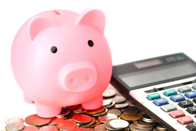 Экономия денег, копилка на монету и калькулятор.