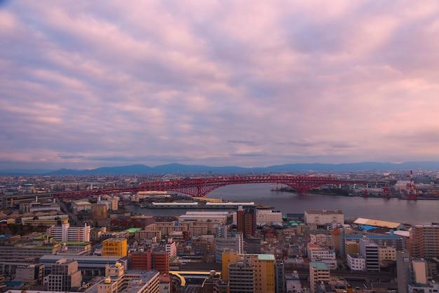 Мост минато (красный мост), осака, япония