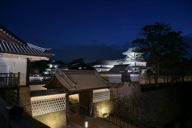 金沢城、夕方には、日本