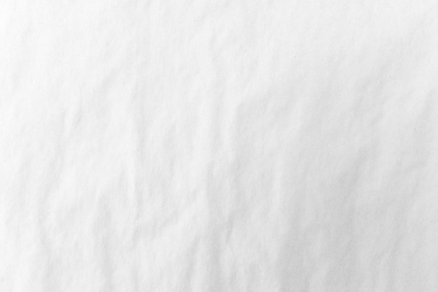Морщинистая белая бумага, аннотация белом фоне. ясный свет